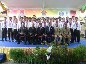 Wisudawan/ti SMK SIANG Surabaya Jurusan TKJ-2 tahun 2013